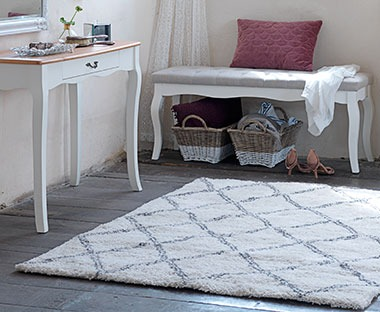 large fluffy rug off white and grey diamond print pattern