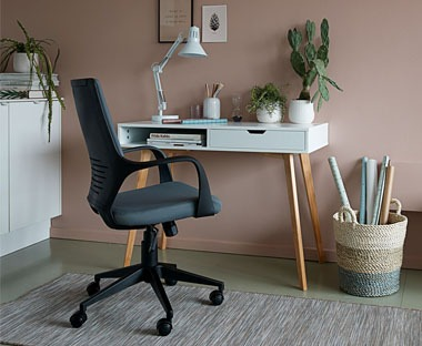 Grey and black padded office chair with gas lift height adjustment