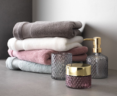 Add a touch of luxury with glass bathroom accessories