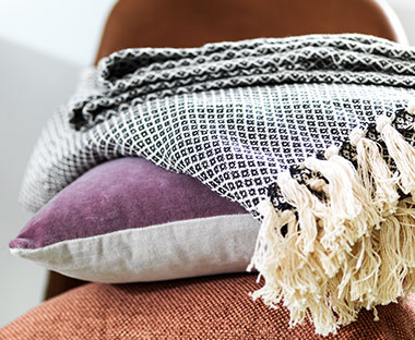 STRANDBEDE throw