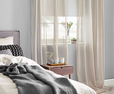 Sheer polyester window dressing curtains