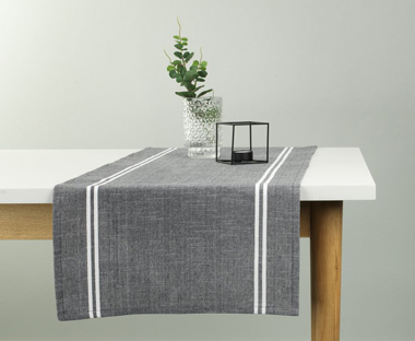 Grey and neutral table runner for your dining room table