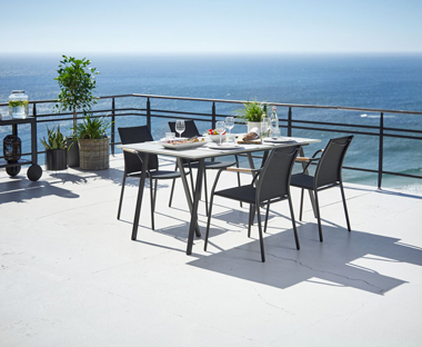 Metal garden table and chairs online