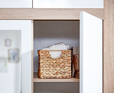 Organise your belts, socks and underwear in baskets