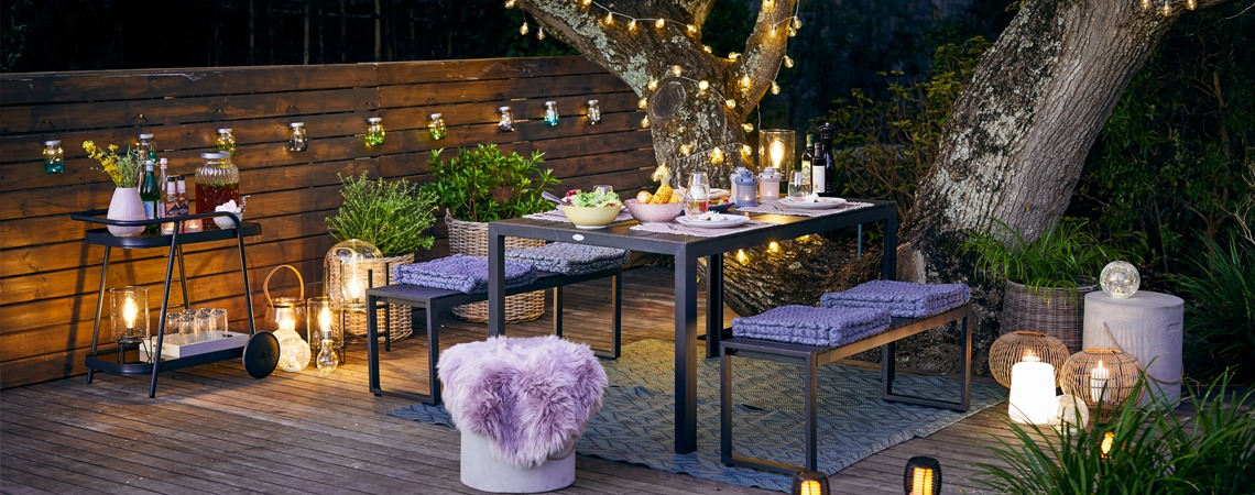 Dine al fresco in the summer evenings