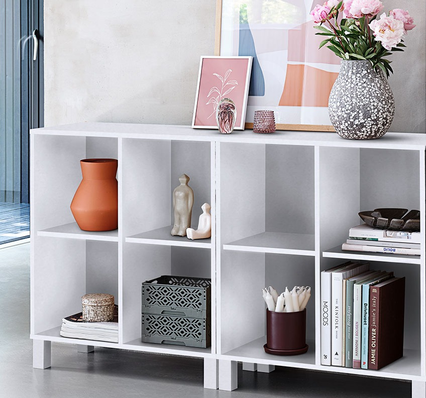 Bookcase with books and various décor
