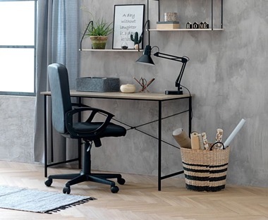 Black office and desk chair