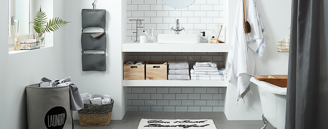 Pretty and practical bathroom