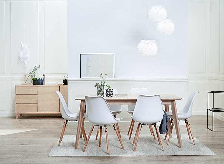 Modern dining chairs and modern dining tables with JYSK